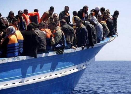 باخرة-للمهاجرين-السريين-504x362